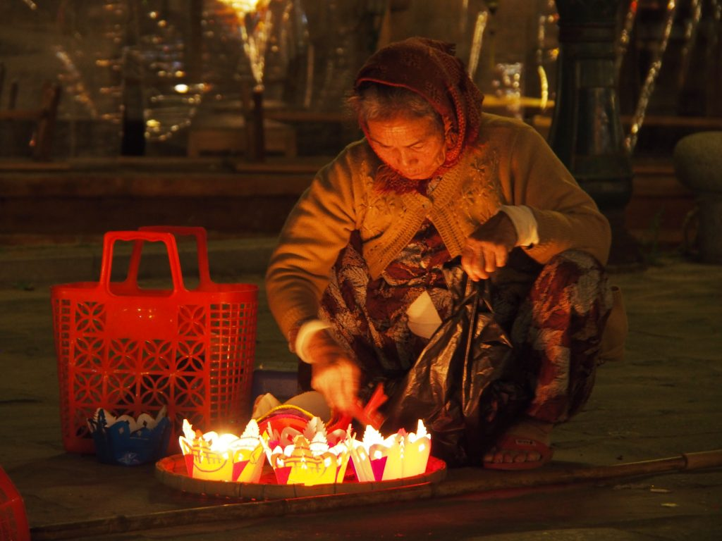 Candle seller Hoi An