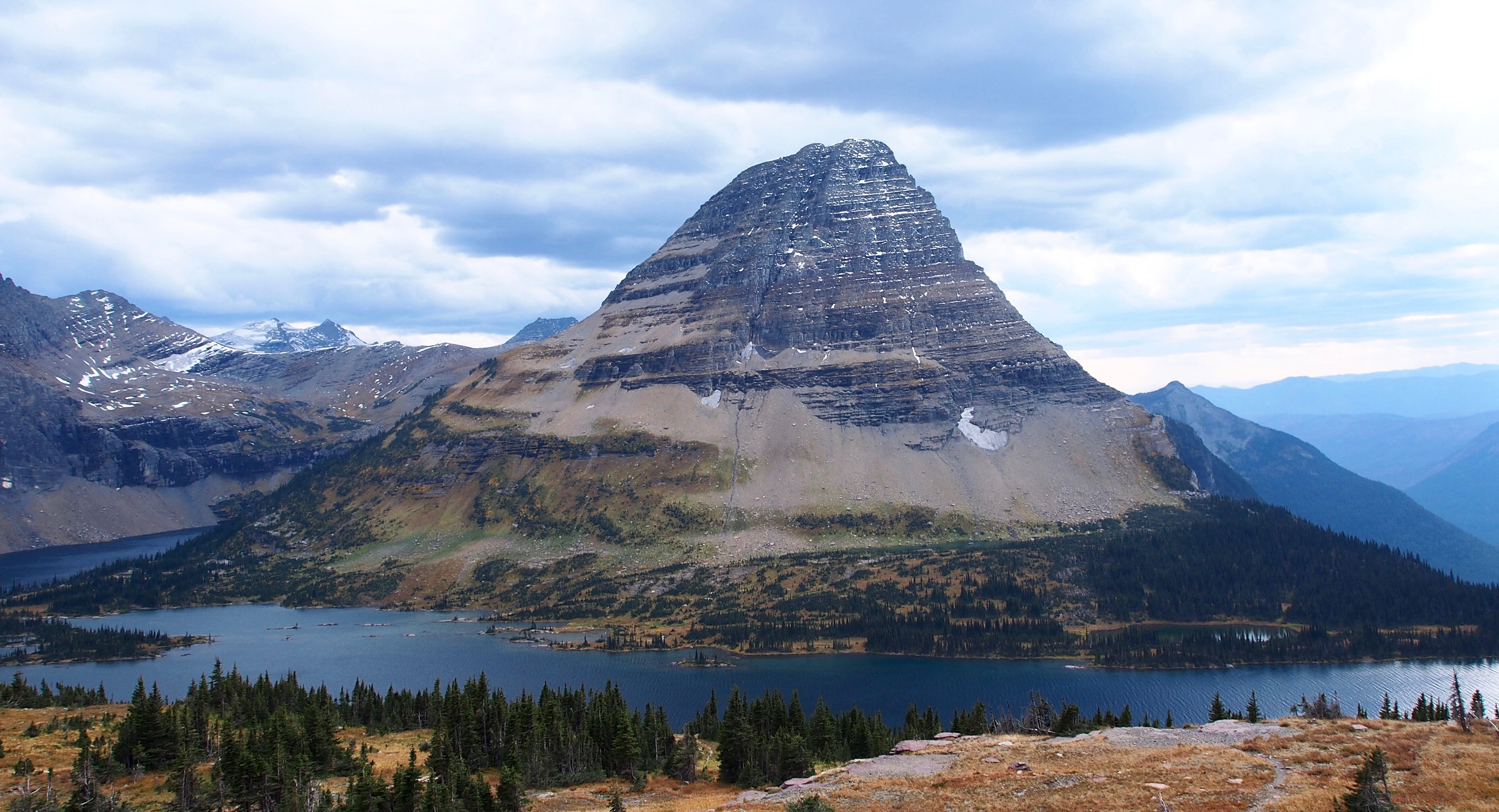 Hidden Lake Hike-Bear hat mountain - Glacier National Park - Montana