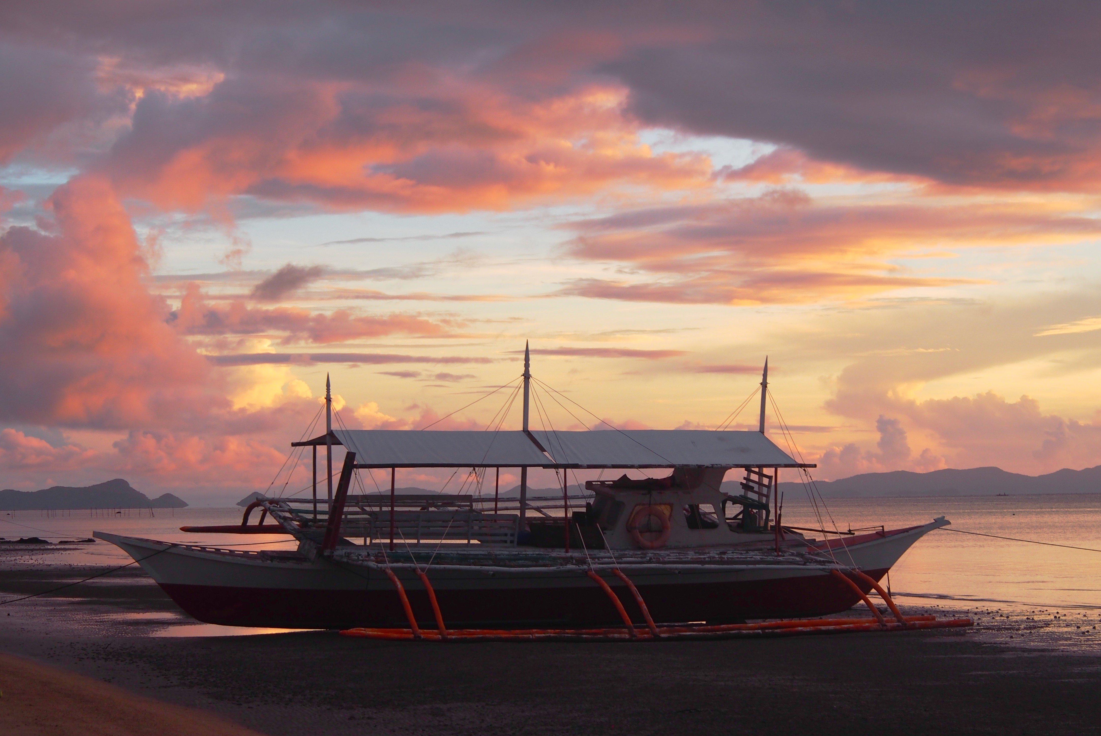 Banca, Sunset,Sabaltan, Phillipines.